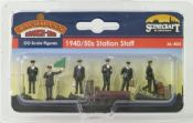 Bachmann 36404 1940/50s Station Staff